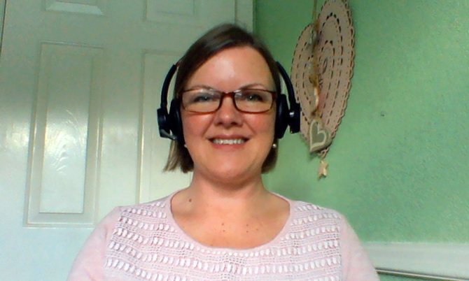 Specialist nurse Kirsty Carne working at home